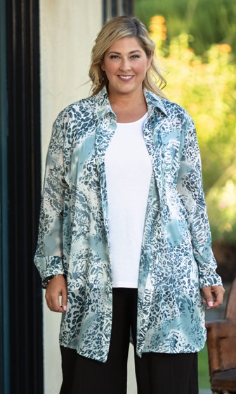 Minneloa Rodie Long Sleeve Button Up Tunic
