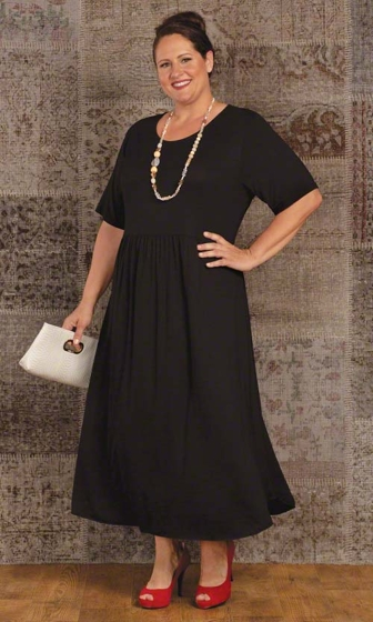 Chelsea Solid Short Sleeve Rayon Knit Dress